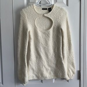 Moda international winter white sweater